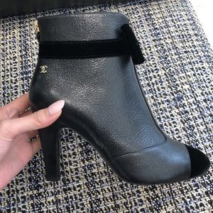 CHANEL Shoes - NWT Chanel 2019/2020 Leather Booties w/Velvet Bows